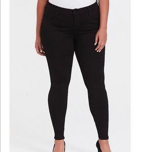 Torrid Bombshell Skinny Jeans 16T NWT